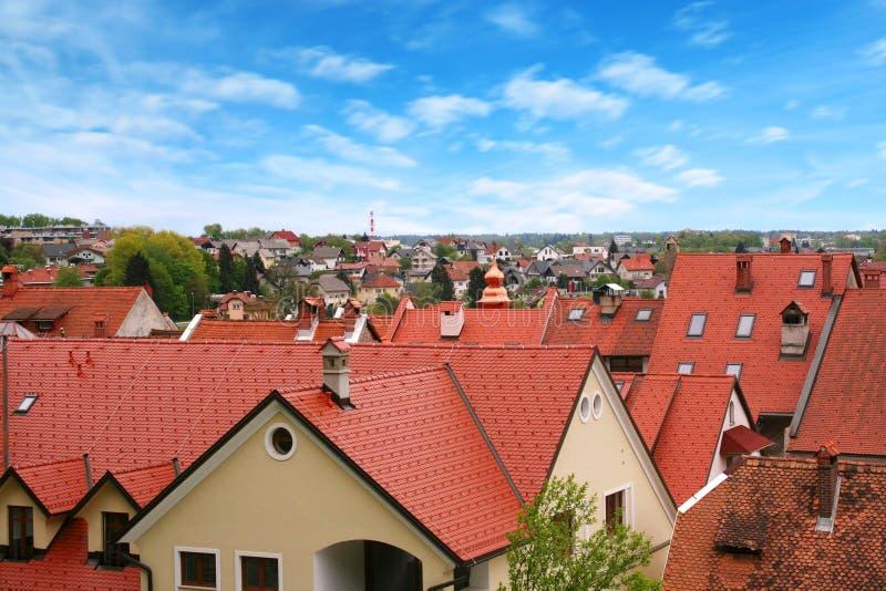 Ciudad eslovena Skofja Loka de la visión imagen de archivo