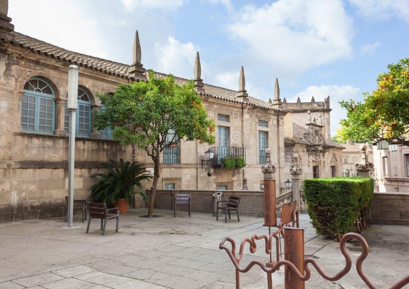 Ciudad española (Poble Espanyol) - museo arquitectónico debajo del cielo abierto fotografía de archivo