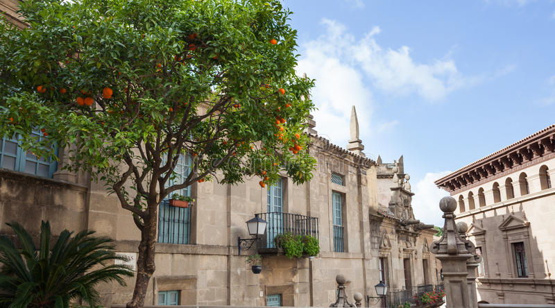 Ciudad española (Poble Espanyol) - museo arquitectónico debajo del cielo abierto imágenes de archivo libres de regalías