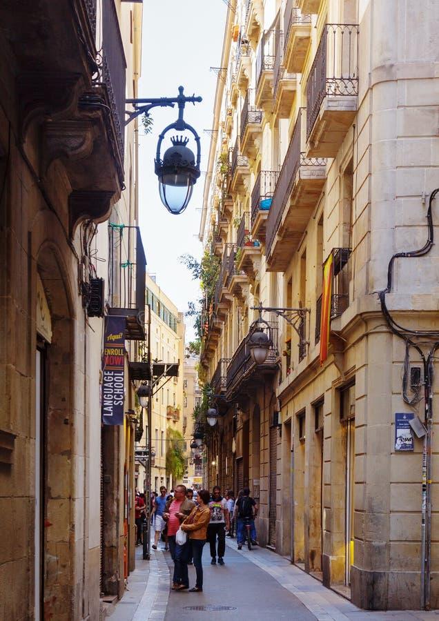 Ciudad europea vieja - Barri Gotic Barcelona, España imagenes de archivo