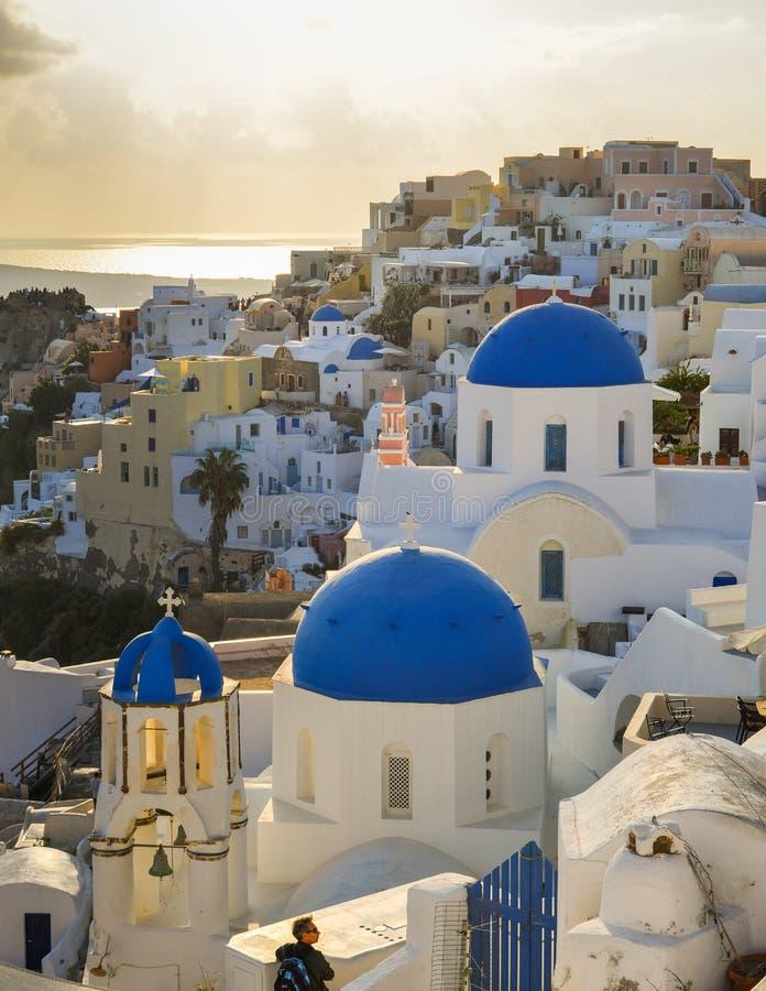 Ciudad hermosa de la isla de Santorini, Grecia fotos de archivo