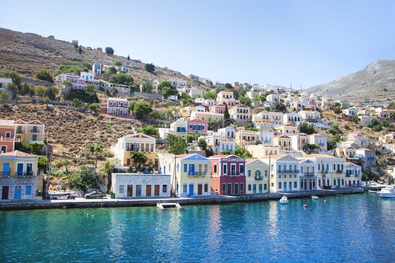 Ciudad hermosa de Symi Paraíso en la tierra fotos de archivo