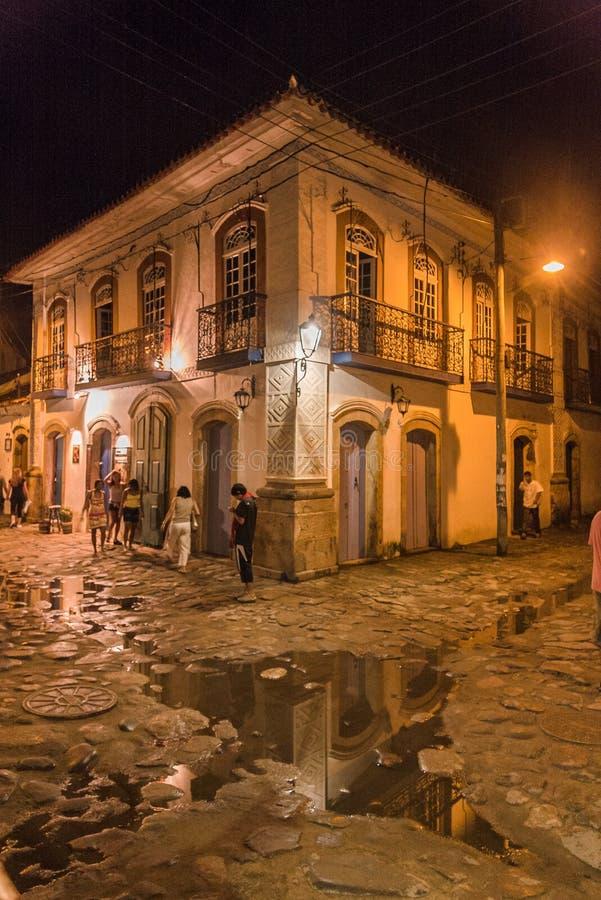 Ciudad histórica de Paraty en la noche foto de archivo libre de regalías