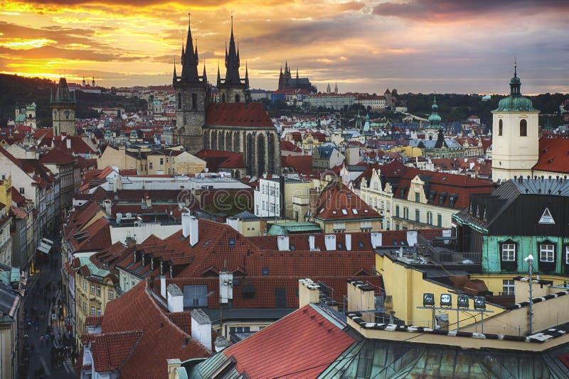 Ciudad Pragua en Checo fotografía de archivo