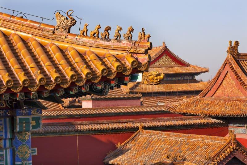 Ciudad prohibida azoteas amarillas Pekín de las estatuillas de la azotea imagen de archivo libre de regalías