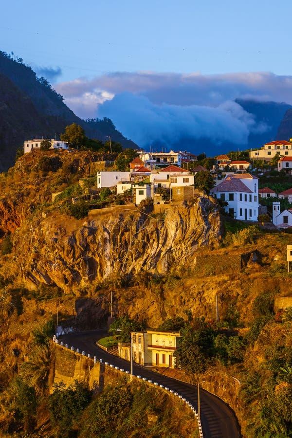 Ciudad Ribeira Brava - Madeira Portugal imagenes de archivo