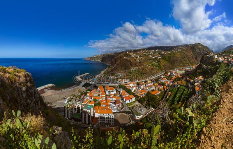 Ciudad Ribeira Brava - Madeira Portugal imagen de archivo