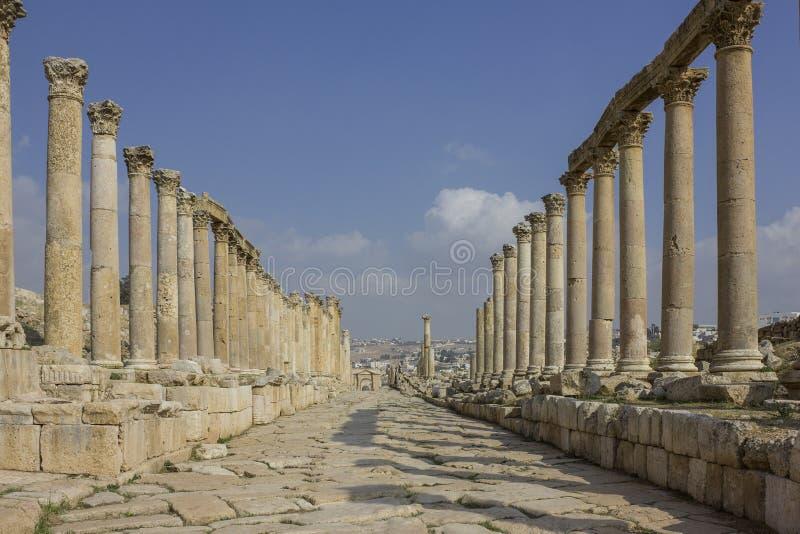 Ciudad romana antigua de Gerasa Jerash moderno imagenes de archivo