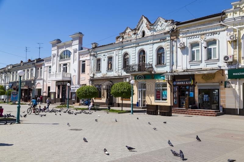 Ciudad Sumy, Ucrania Calle de la ciudad vieja foto de archivo