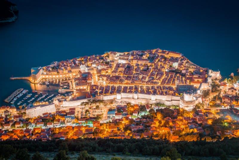 Ciudad vieja de Dubrovnik en el ocaso, Dalmacia, Croacia fotos de archivo libres de regalías