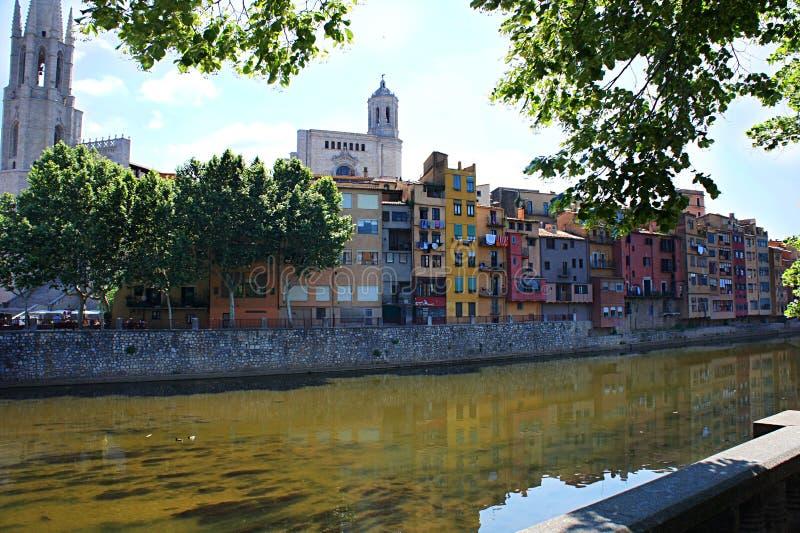 Ciudad vieja de Girona, Cataluña, España foto de archivo