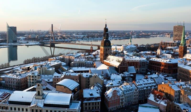 Ciudad vieja de la opinión aérea de Riga foto de archivo
