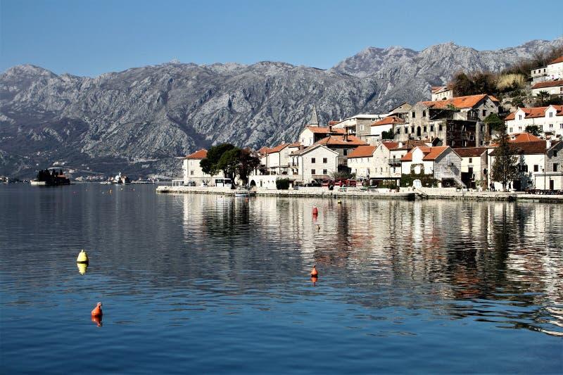 Ciudad vieja de Perast - Montenegro imagenes de archivo