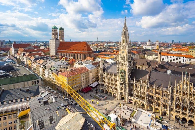 Ciudad vieja del horizonte del paisaje urbano de Munich en Alemania imágenes de archivo libres de regalías