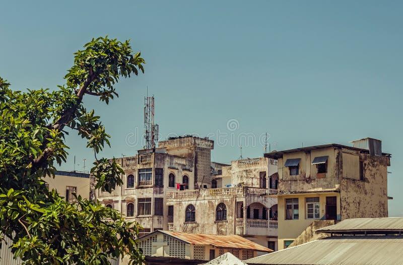 Ciudad vieja en Mombasa imagenes de archivo
