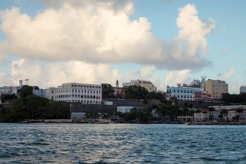 Ciudad vieja San Juan imagenes de archivo