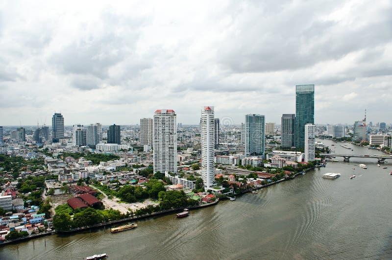 Download Ciudad Y Chao Praya River De Bangkok Foto de archivo - Imagen de bangkok, moderno: 42438060