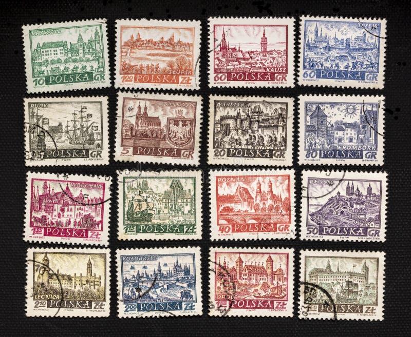 Ciudades polacas en sellos del poste del vintage foto de archivo