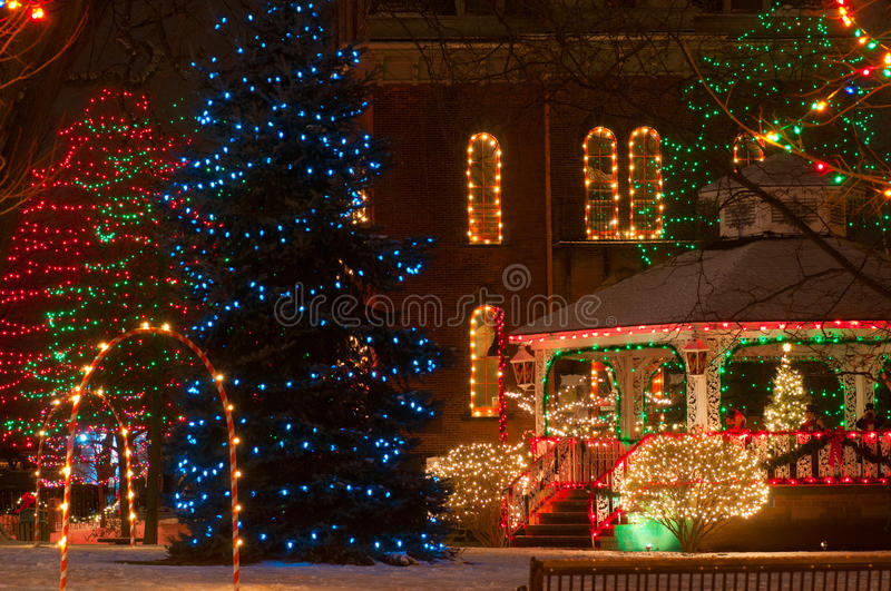 Download Civic Christmas Display Royalty Free Stock Images - Image: 26529269