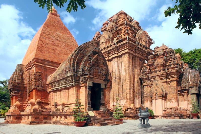 Civilizzazione di Cham delle torri. Nha Trang, Vietnam fotografia stock libera da diritti