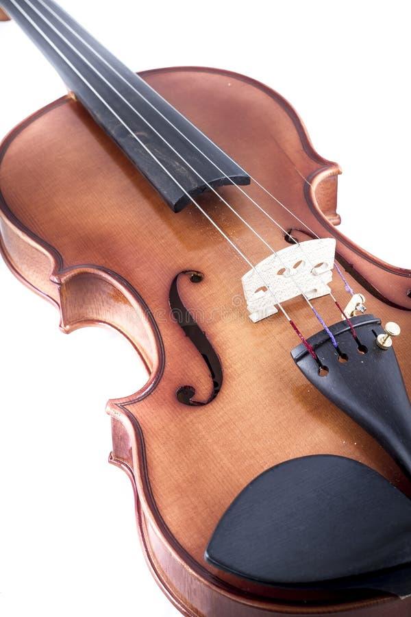 Clásico, vista delantera del violín aislada en el blanco, vintage fotos de archivo