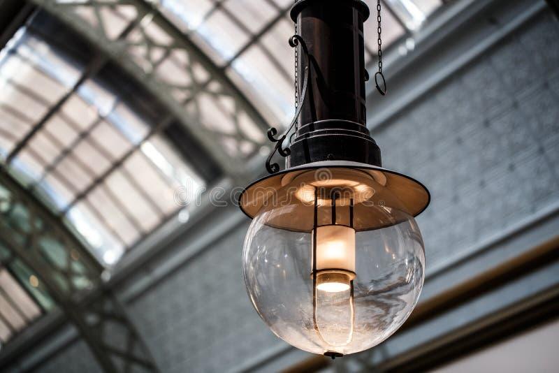 Clássico claro da lâmpada fotografia de stock royalty free