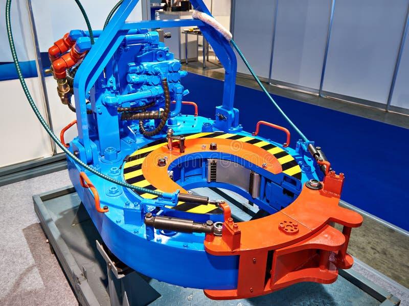 Clé dynamométrique hydraulique pour l'huile et l'industrie du gaz image libre de droits