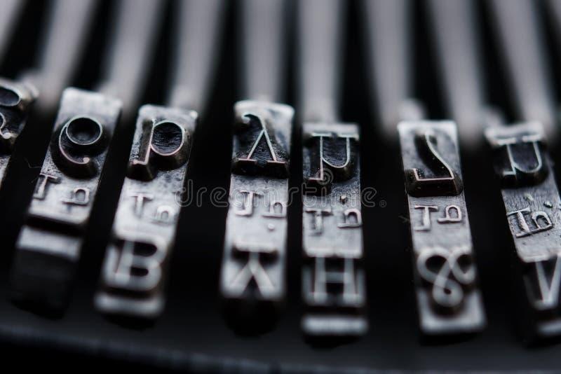 Clés de machine à écrire de cru image libre de droits