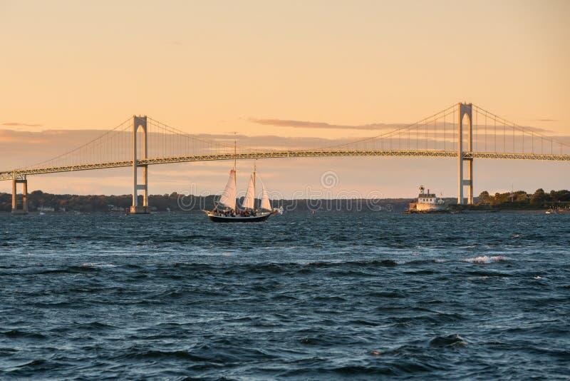 Claiborne Pell Bridge em Newport, Rhode - ilha fotografia de stock