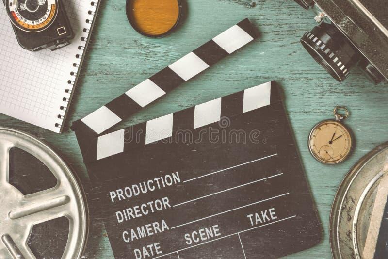 Clapperboard en een filmspoel royalty-vrije stock foto