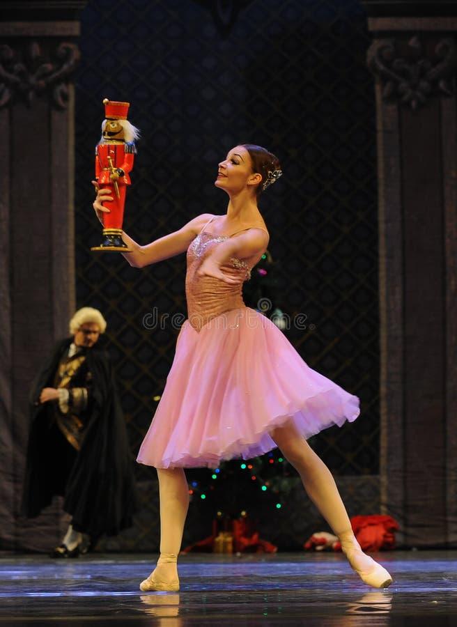 Clara houdt het meest van de pop-Balletnotekraker stock foto