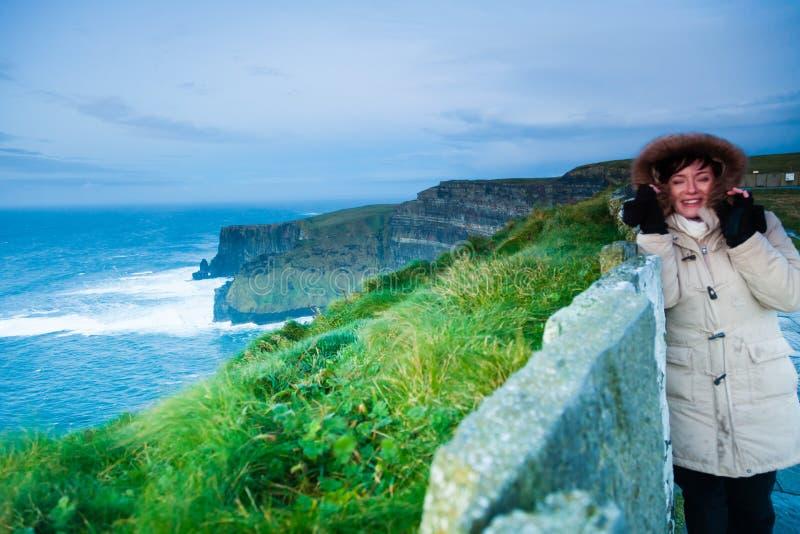 clare ομο ηλιοβασίλεμα της Ιρλανδίας απότομων βράχων moher Clare Ιρλανδία Ευρώπη στοκ εικόνες