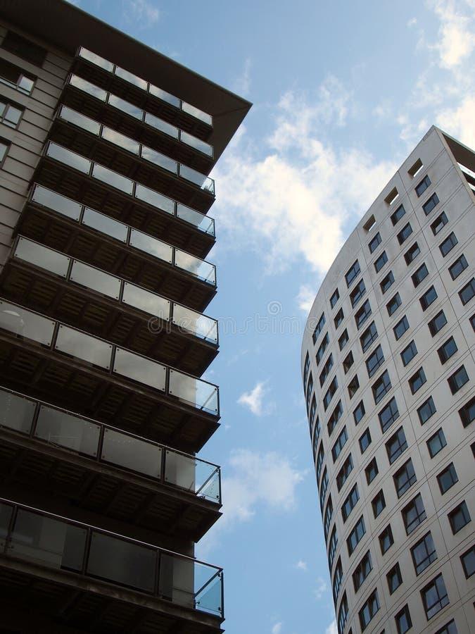 Clarence-Haus eine moderne Wohnung des Fuß groß 218 und Kleingebäude- und angrenzendenwohnungen im Leeds-Hafenviertel gegen ein B lizenzfreies stockfoto
