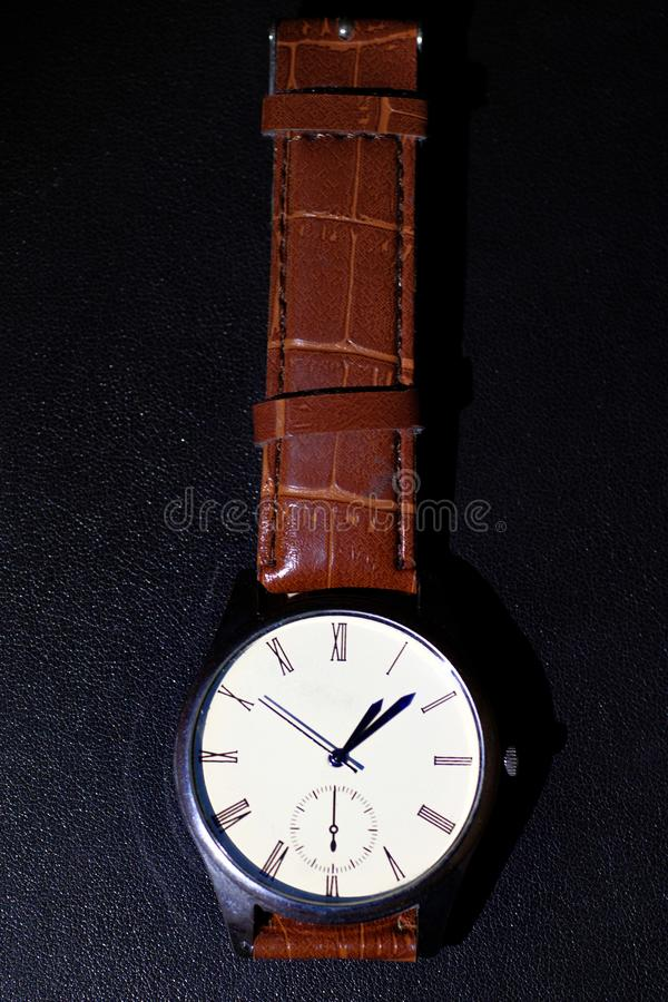 Claret wristwatch æ ‰ ‹è ¡ ¨ fotografia royalty free