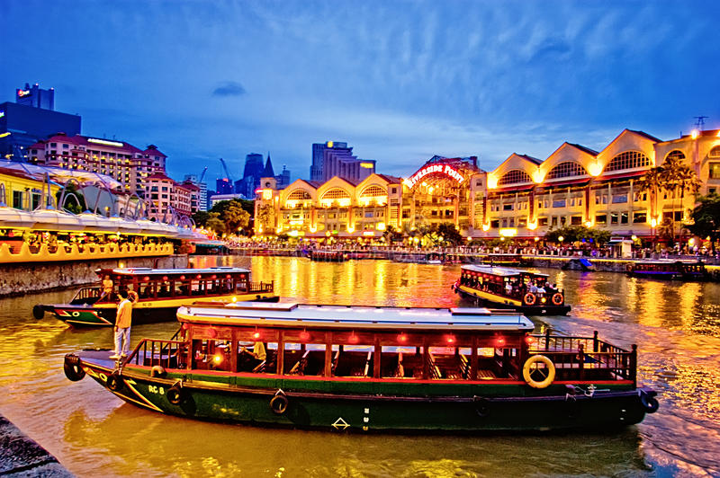 Clarke Quay in Singapur-Fluss stockbild