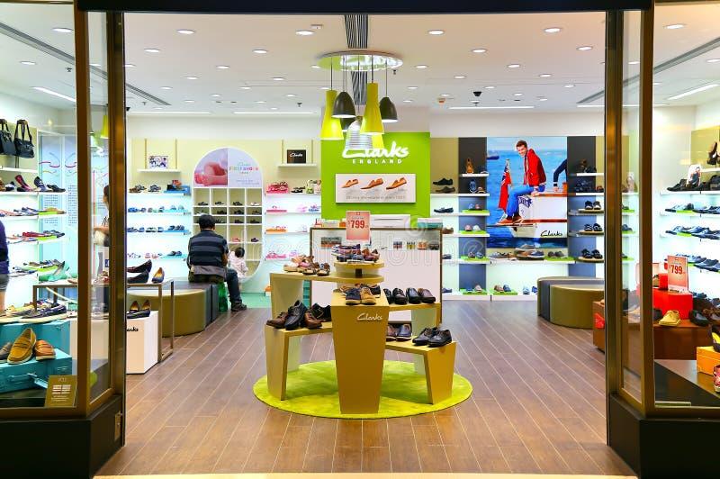 Clarks穿上鞋子零售批发市场 免版税库存图片