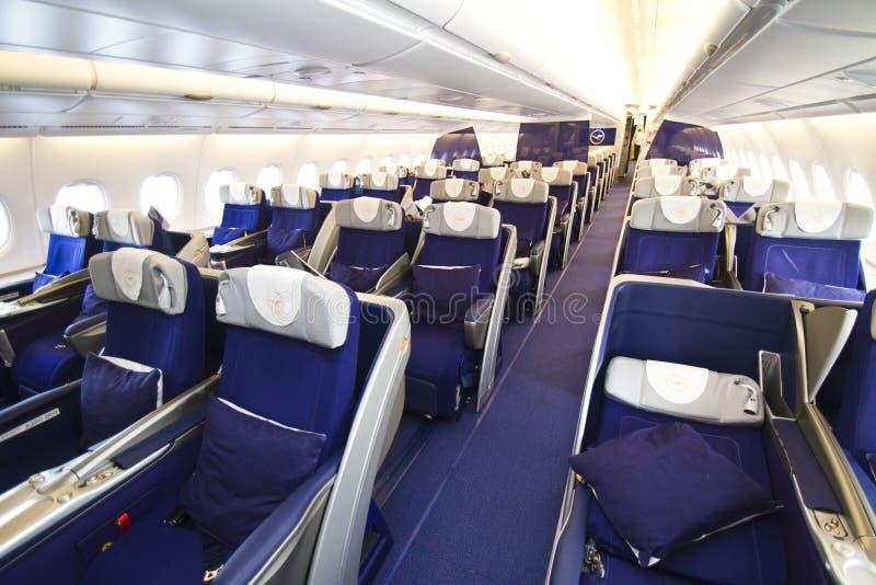 Clase de asunto de Lufthansa A380 imagenes de archivo