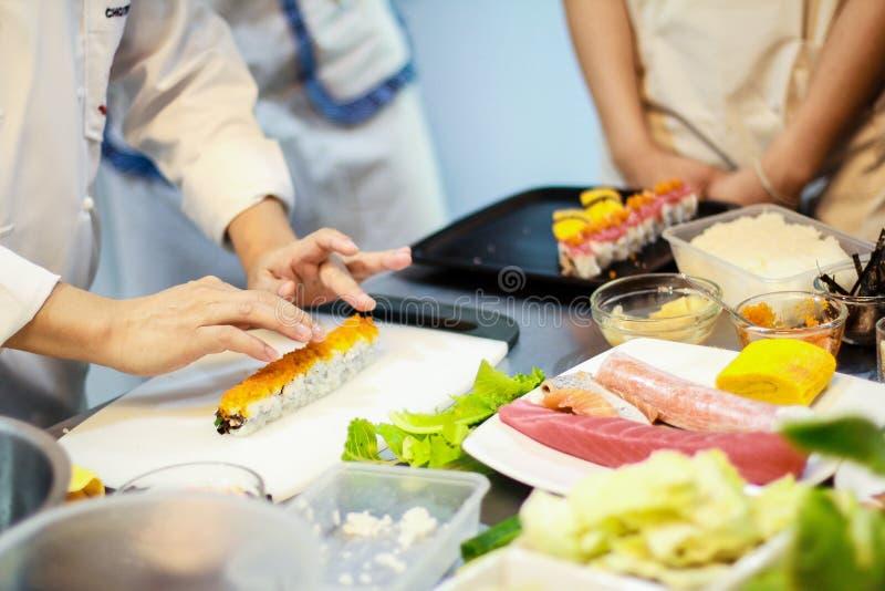 Clase de cocina japonesa fotos de archivo libres de regalías