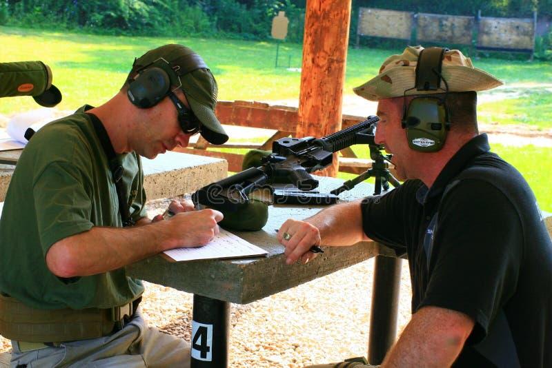Clase de las armas de fuego imagen de archivo libre de regalías