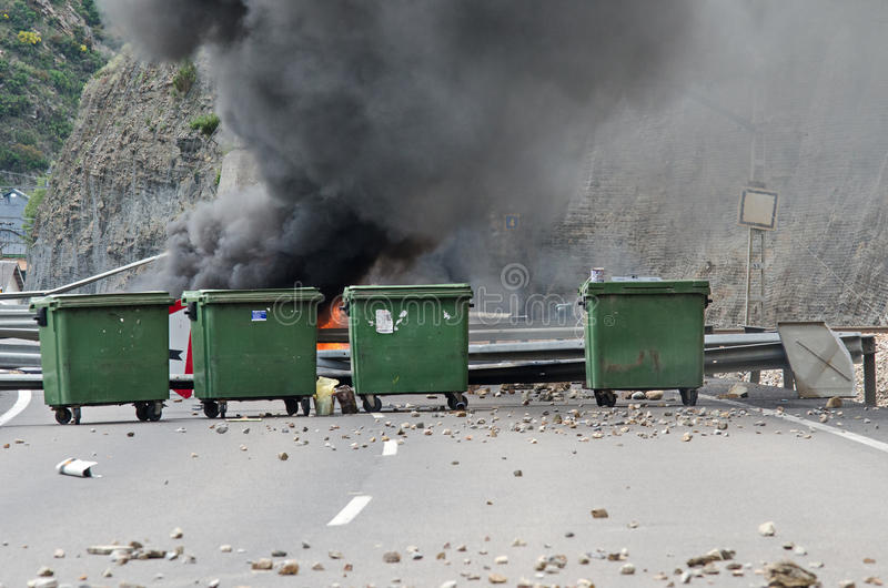 Download Clashes Between Miners And Anti Riot Police Editorial Stock Photo - Image of people, barricades: 25382853