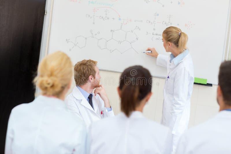 Classe de química foto de stock royalty free