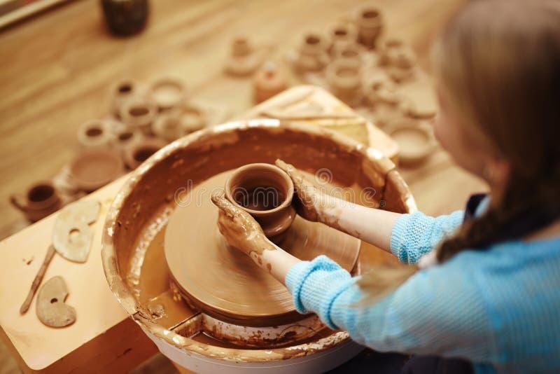 Classes de poterie image stock