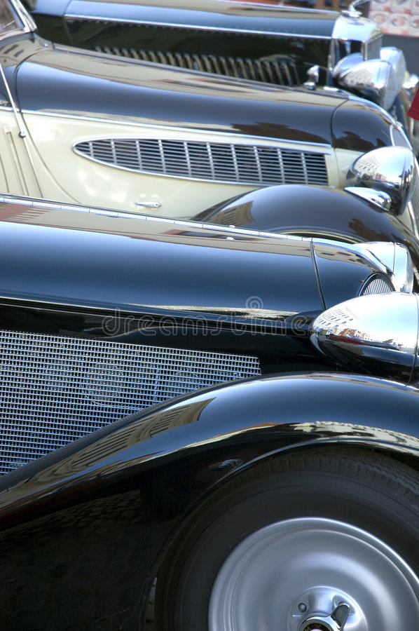 Free Classic Cars Royalty Free Stock Photo - 2642125