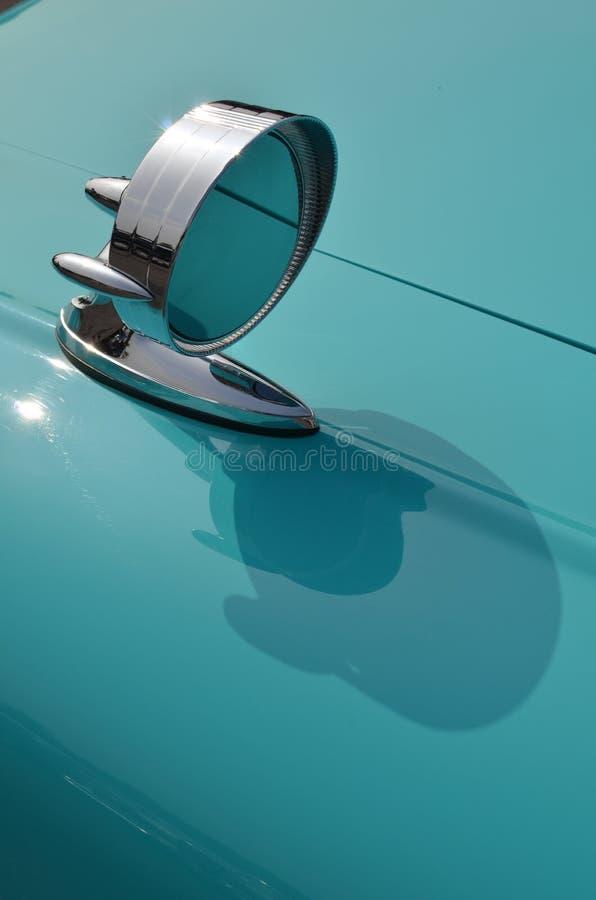 classic-chrome-car-wing-mirror-bright-ro