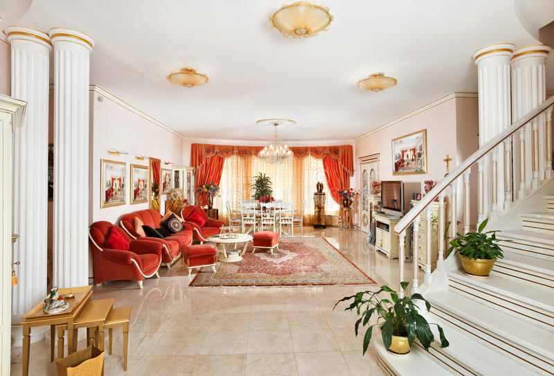 Classic Drawing-room Interior In Red And Golden Royalty Free Stock Photos
