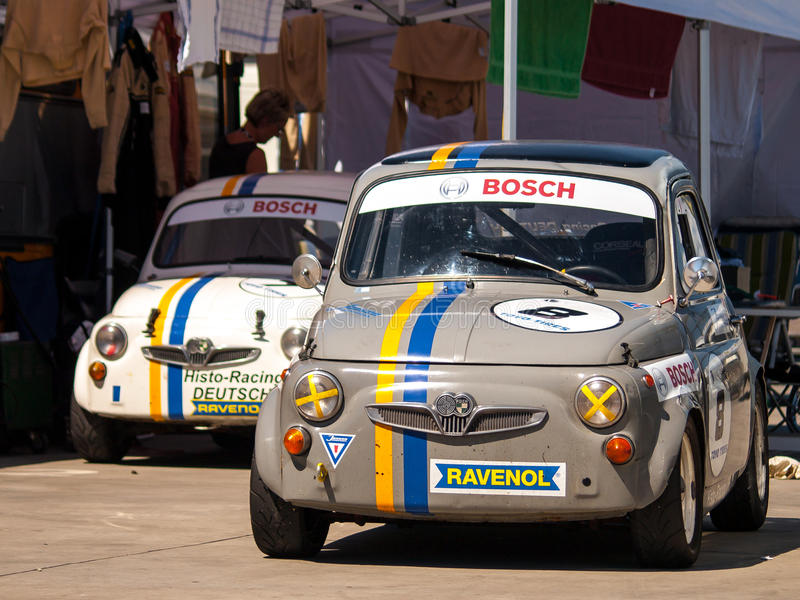 Clic Fiat 500 race cars editorial image. Image of ford - 39060405