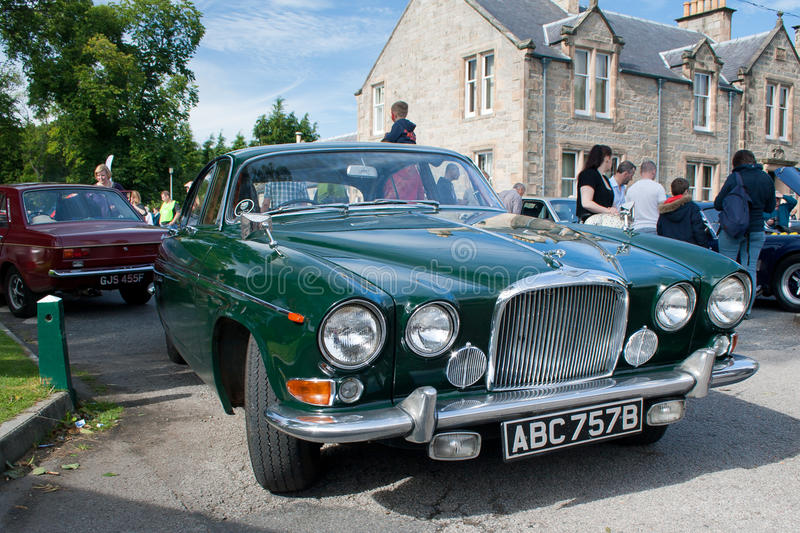 Download Classic Jaguar MK10 editorial image. Image of green, front - 26529530