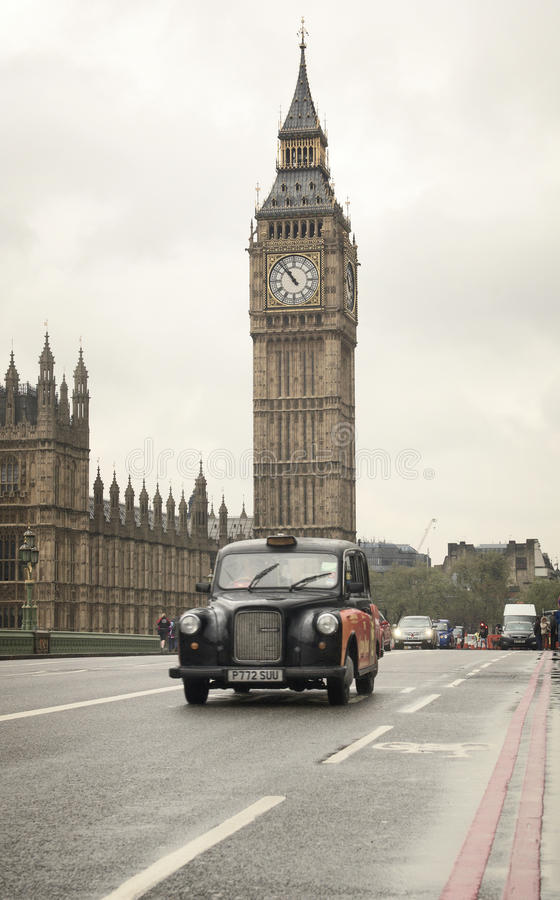 Download Classic London Cab In Front Of Big Ben Clock Tower Editorial Image - Image: 24729290