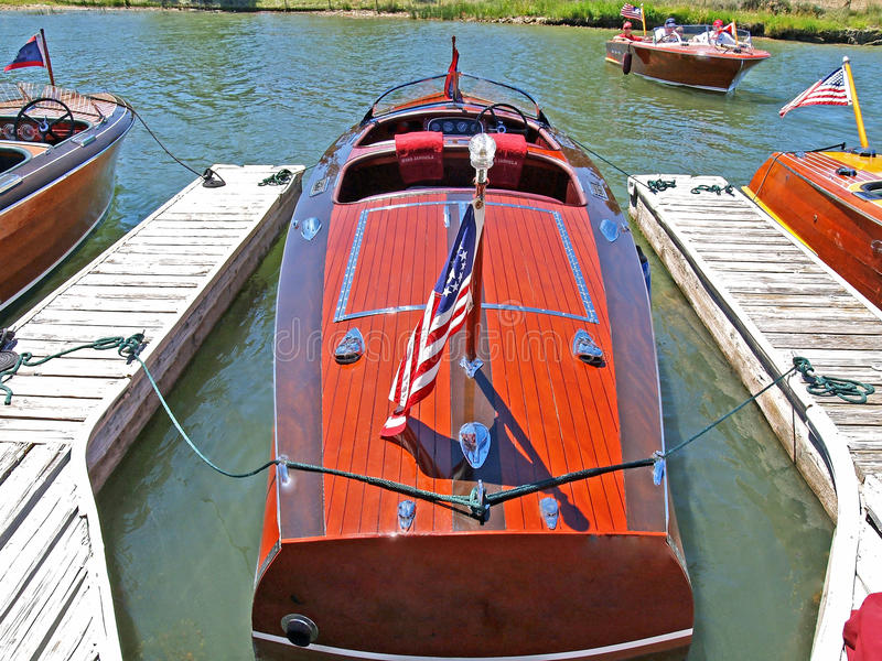 Download Classic Wooden Chris Craft Editorial Stock Image - Image: 28921669
