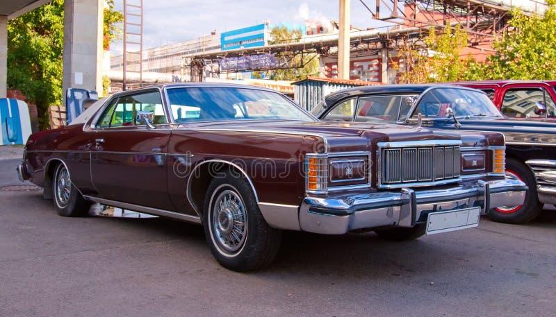 Classical American Vintage car Mercury Marquis Brougham Hardtop 1978 com 2 portas foto de stock